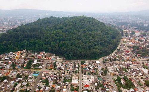 Vista aérea del macuiltépetl
